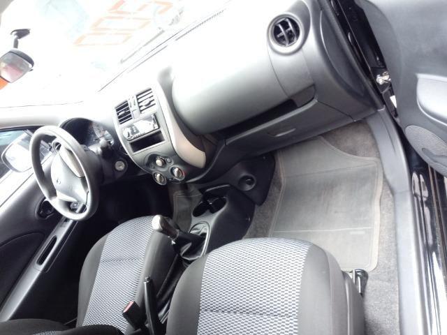 Nissan March 1.0 - Foto 2