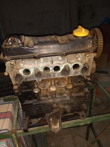 Vende se motor 1.6 do Passat 800,00