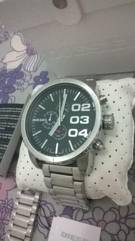 8695f5f39ea Relógio Diesel DZ 4209     original     com caixa e manuais ...