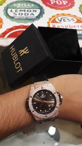 5bde768c49e Relógio Hublot Big Bang Geneve - Bijouterias