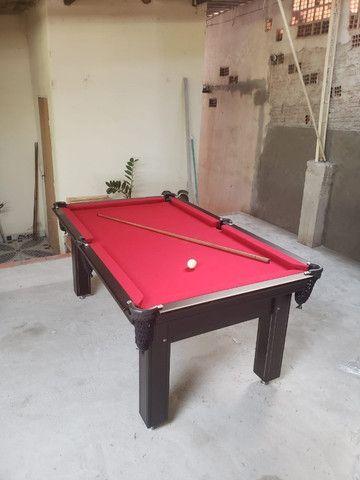 Mesa Tentação de Bilhar Cor Marrom Escuro Tecido Vermelho Mod. RBUS2048