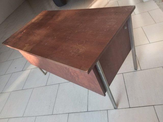Escrivaninha de madeira para apreciadores-oferta