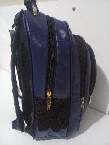Mochila de couro sintético , mala de mão, academia, viagem, faculdade, etc. (Produto novo) - Foto 4