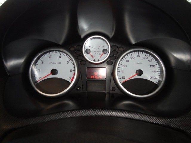 Peugeot  207 XR Sport 1.4 * Flex* Ar Condic.* Dir. Hidr. * Cj. Eletrico* Rodas - Foto 6