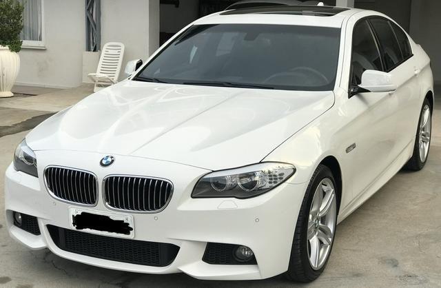BMW 528i 52 mil km único Dono kit M - Foto 13