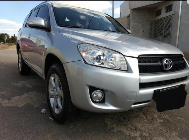 Toyota Rav 4 / 2.4