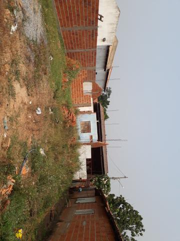 Vende-se terreno com casa em fase de construção. - Foto 2