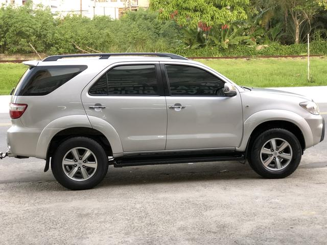 Toyota Hilux Sw4 2.7 gasolina - Foto 2