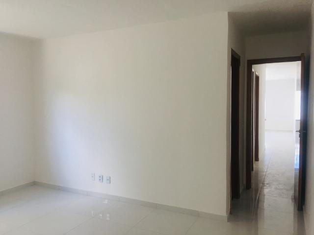 Linda casa no porcelanato , 2 quartos 2 suites , fino acabamento ,sala e quartos espaçosos - Foto 11