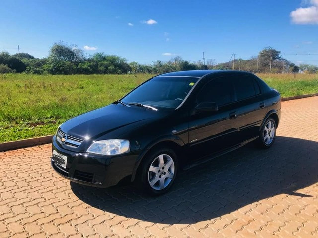 GM Astra - Foto 2