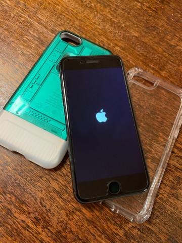 IPhone 8 64gb muito novo - Foto 3