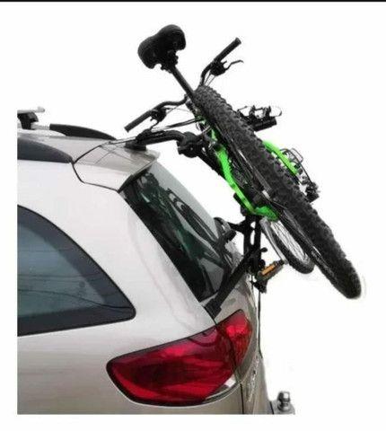 Suporte Transbike Porta-Malas com Presilhas (Carros tipo Sedan e Hatch) - 2 Bikes - Foto 4
