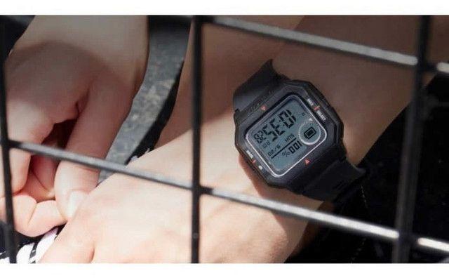 Relógio inteligente Xiaomi Amazfit Neo - Retrô - Foto 4