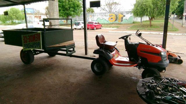 Vendo tratorzinho cortador de grama e carretinha basculante - Foto 2