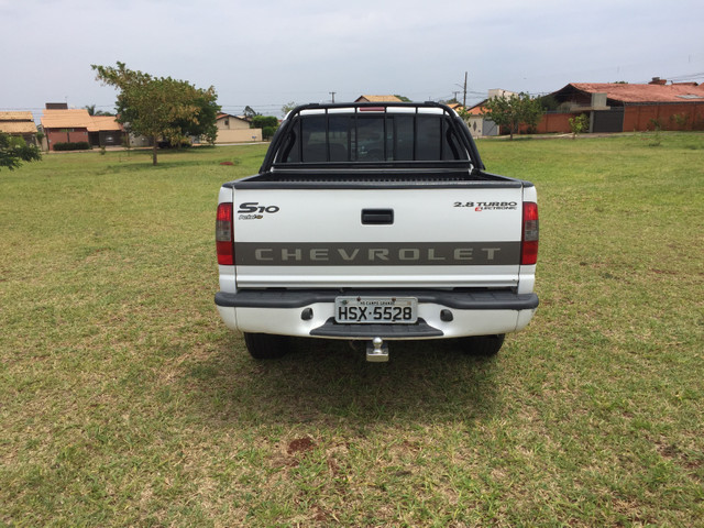 Vendo Gm S10 2.8 turbo diesel 05/06 - Foto 6