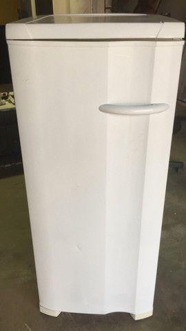 Vende-se esse freezer - Foto 2