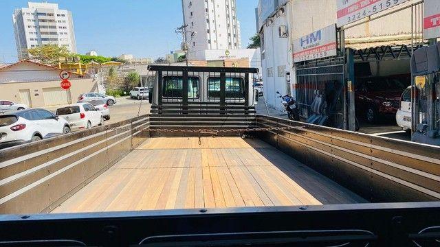 Caminhão Cargo 712 2007 - Foto 8