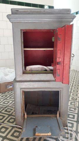 Cofre antigo de ferro (de piso e pesado). Raridade! - Foto 3