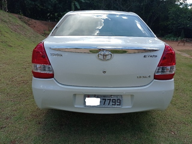 Etios Sedan XLS 1.5  - Foto 6