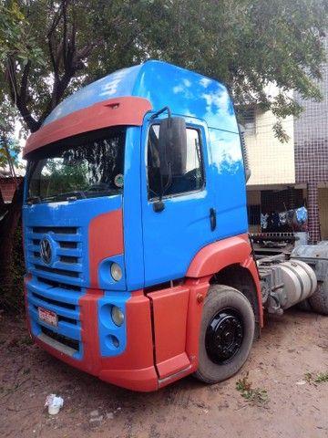 Caminhão 25370 cavalo revisado - Foto 3