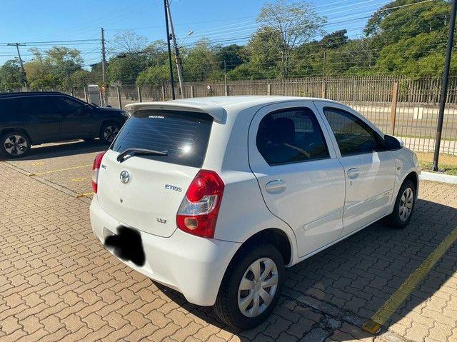 Toyota Etios 1.3 Flex  2016 - Foto 2