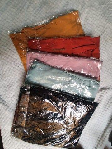 Lote com 50 Peças de roupas Novas - Foto 4