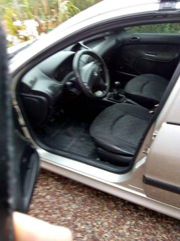 Vendo peugeout 206 2006ou troco por utilitário em dia - Foto 4