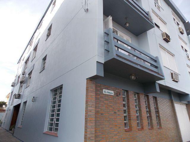 Espaçoso apto 2 dormitórios no Treptow + dependência, garagem, bom de sol