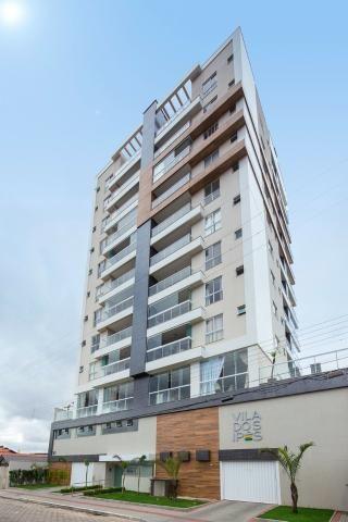 Apartamento com 3 dormitórios no centro de Navegantes