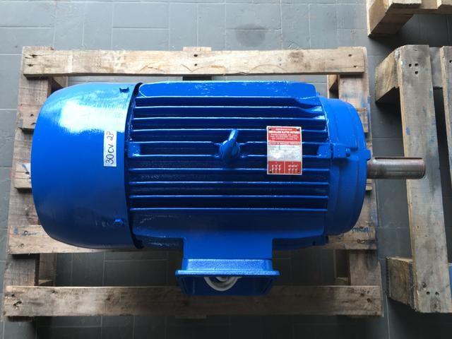 Motor elétrico weg 30cv 2 pólos trifásico 220/380v - Foto 2