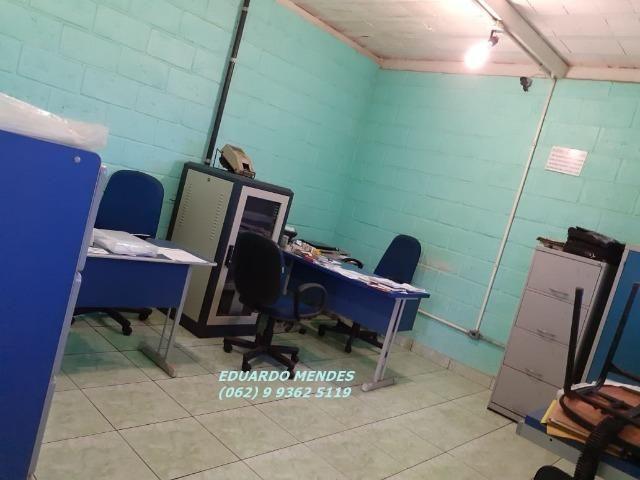 Galpão coberto, lote 360 m² em Aparecida de Goiânia, boa localização - Foto 8