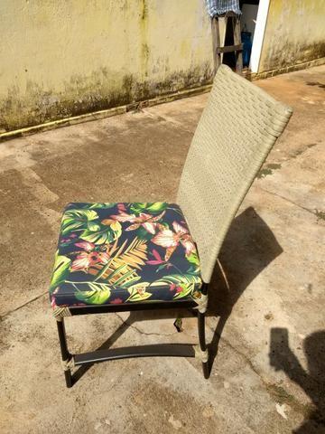 6 Cadeiras de Junco Seminovas - Foto 2