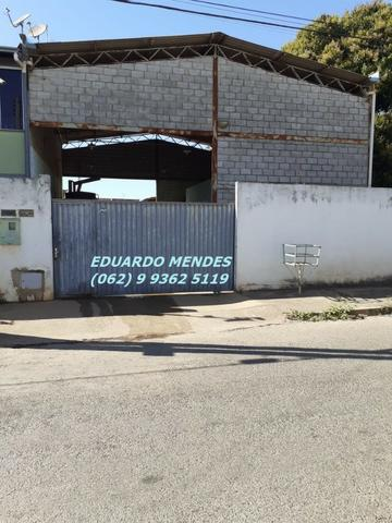 Galpão coberto, lote 360 m² em Aparecida de Goiânia, boa localização