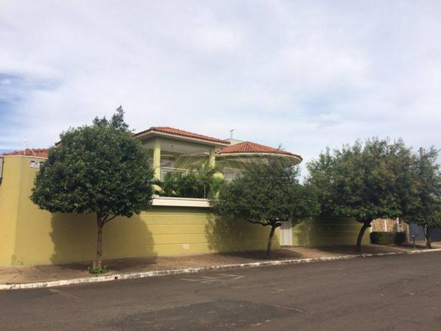 Casa à venda com 3 dormitórios em Centro, Brodowski cod:V131954
