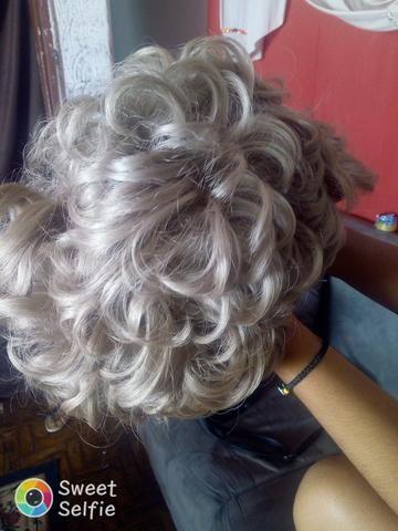 Vendo peruca de cabelo humano na cor loira