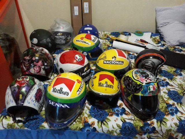 Vendo capacetes personalizados