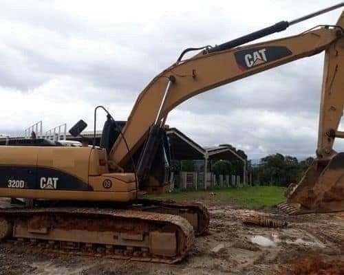 Escavadeira Caterpillar - Foto 3