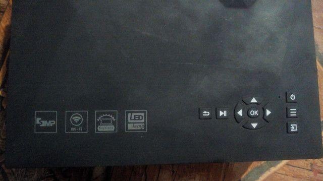 Projetor SEMI NOVO (SEM DETALHES) WIFI HDMI - Foto 2