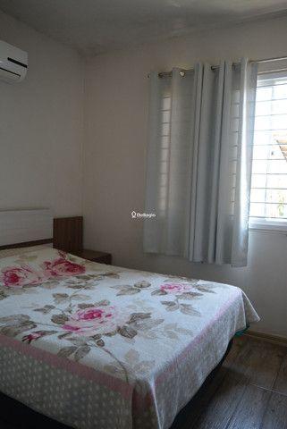 Casa 2 dormitórios, em condomínio fechado, playground, quadras de esportes - Foto 6