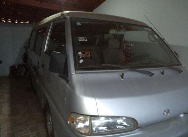 Vende-se Van Hyundai ano 2001 - Foto 3
