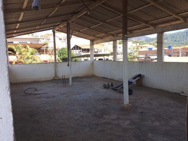 Vendo casa grande com varanda e Terraço - Foto 19