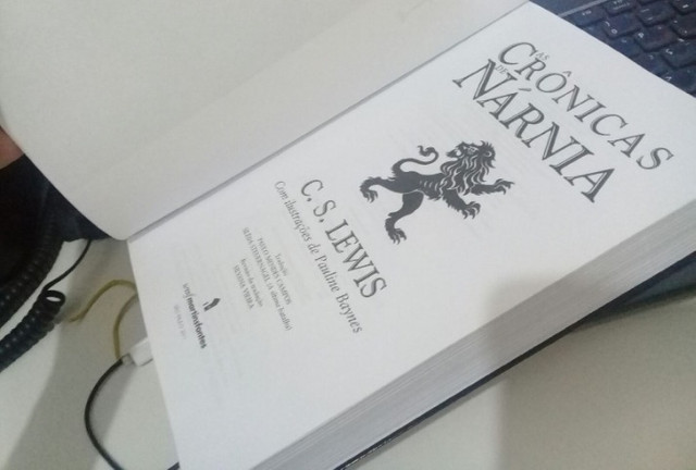 Livro As Crônicas de Nárnia - Foto 5