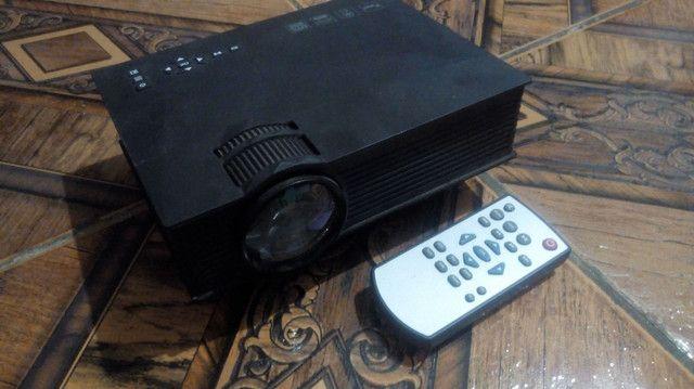 Projetor SEMI NOVO (SEM DETALHES) WIFI HDMI