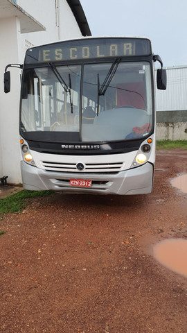 Vendo ou troco ônibus 2009