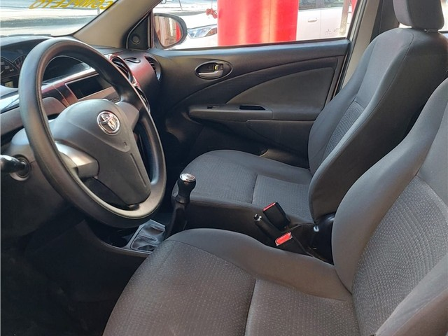 Toyota Etios 2014 1.5 x sedan 16v flex 4p manual - Foto 6