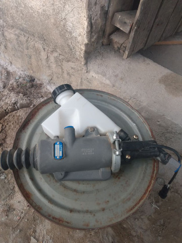 Cilindro mestre embreagem ( superior pedal ) Iveco stralis - Foto 3