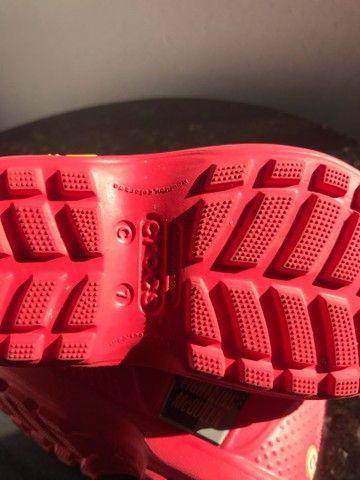 Galocha/bota crocs infantil c7 - Foto 6