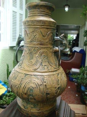 Esta peça é para colecionador: Moringa de Bronze sem data e sem marca de fábrica - Foto 4