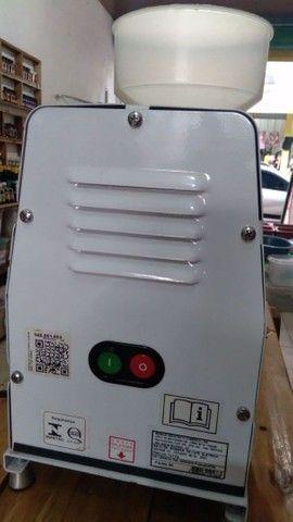 Maquina elétrica de moer tempero e grãos - Foto 2