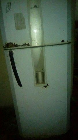 Geladeira usado mais gelando muito bem